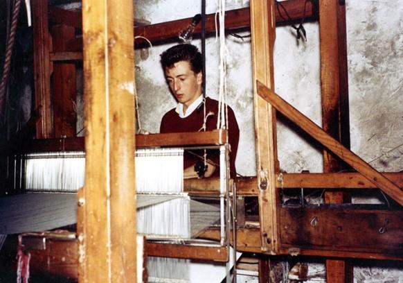 Conal Watters handweaving